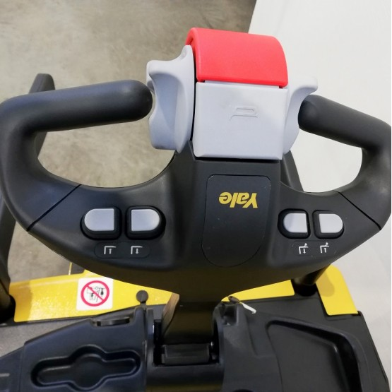 Elektrinis aukštai keliantis palečių vežimėlis Yale MS15XIL C847T03677T