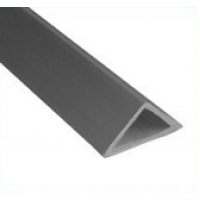 Plastikinis trikampis kampams 2,5m 15mm