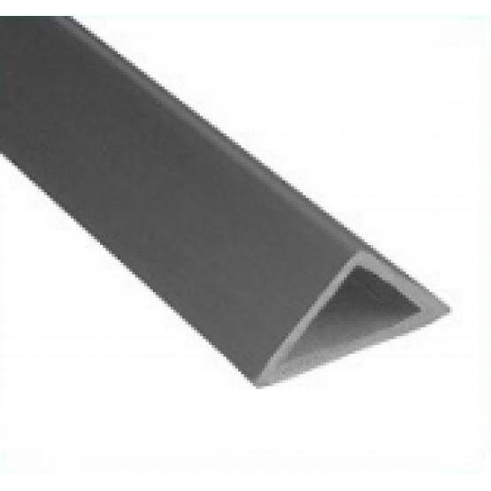 Пластиковый уголок треугольник 2,5m 10мм