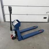 Palečių vežimėlis su svarstyklėmis